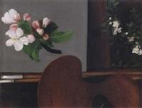 stilleben med blommor, palett, penslar samt staffli med studie av körsbärskvist by ida rasmussen