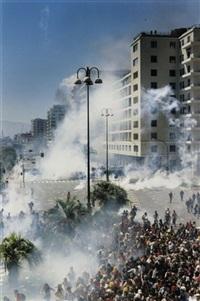 globalisierungskritische bewegung, protest gegen den g 8-gipfel in genua by julian röder