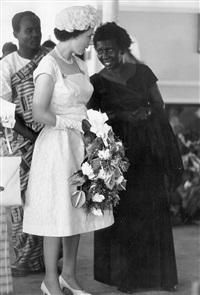 staatsbesuch von königin elisabeth ii. in ghana by ian berry