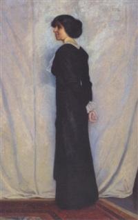 ung kvinde i sort kjole by poul corona