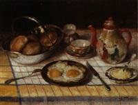 frühstück mit spiegeleiern und japanischer teekanne by aristide goffinon