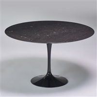 tulip dining table by eero saarinen