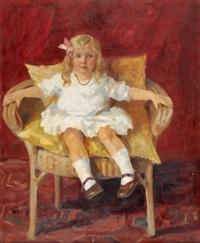 blondes mädchen auf einem stuhl sitzend by erika von kager