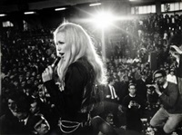 patty pravo in concerto a milano by cesare colombo