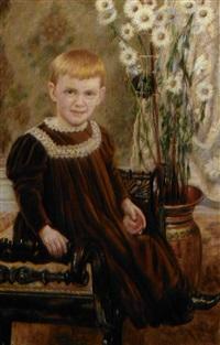 lille dreng siddende på bænk ved hans side prydvase med margueritter by martin aronson-liljegral