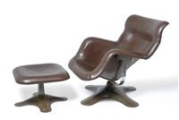 karuselli lounge chair (+ karuselli ottoman; 2 works) by yrjö kukkapuro