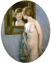 weiblicher akt, sich in einem spiegel betrachtend by auguste leroux
