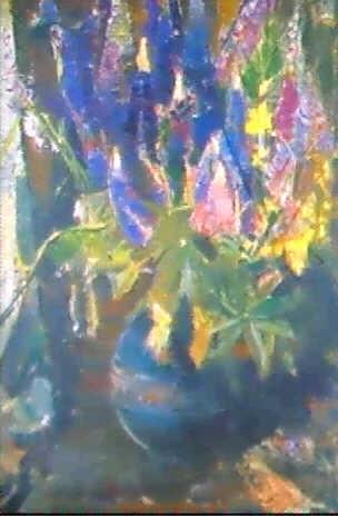lupinen in gruner kugeliger tonvase by richard otto voigt