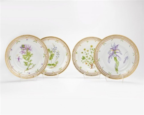 4 royal copenhagen u0027u0027flora danicau0027u0027 dinner plates by royal copenhagen & 4 Royal Copenhagen Flora Danica dinner plates by Royal Copenhagen on ...