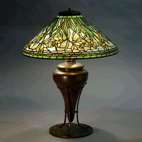 swirling daffodil table lamp by tiffany studios