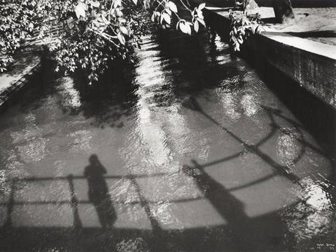 my shadow in amsterdam graacht by ilse bing