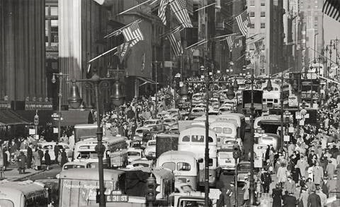traffic on fifth avenue 2 works by andreas feininger