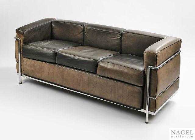 dreisitzer sofa modell lc 2 by le corbusier