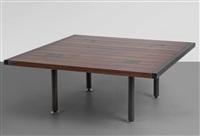 un tavolino by ettore sottsass