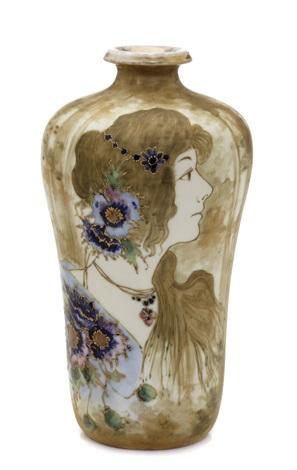 portrait vase by amphora werke reissner