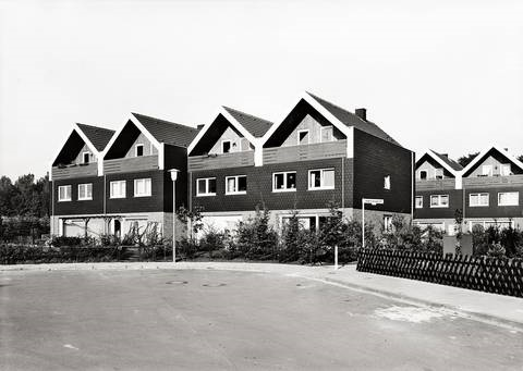leverkusen by thomas struth