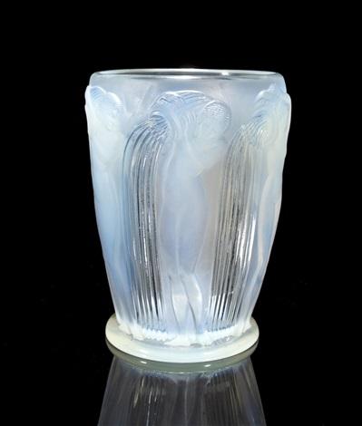 danaïdes marcilhac 972 vase by rené lalique