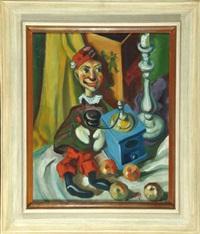 stillleben mit kasperl, kaffeemühle und äpfeln by martin arnold
