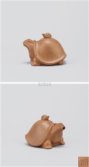 寿龟水滴 (tortoise shaped teapot) by zhou guizhen