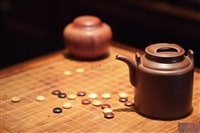 牛盖洋桶壶 (teapot of barrel-shape with ox-snout cover) by gu jingzhou