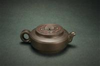 teapot by liu jianping