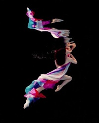 underwater study # 960 by howard schatz