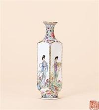 粉彩《舞乐图》四方小赏瓶 by jiang gengshui