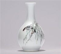 《柳荫花鸟》图瓷瓶 by xu zhongnan