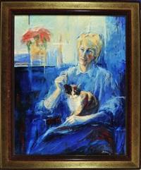 portrait in blau - eine blonde frau sitzt mit ihrer katze am fenster, auf dem fensterbrett steht ein adventsstern by marta fuks-frankiewicz