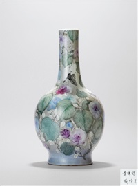 满地彩蝶恋花直颈瓶 (a vase with butterfly and flower) by qi pecai