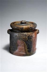 frischwassergefäß (mizusashi) by mitsuro isezaki