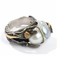 a ring by thor selzer