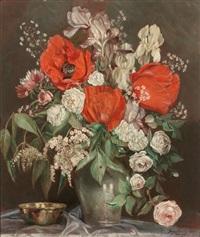 bunter blütenstrauß mit mohn, rosen, schwertlilien und flieder by johanna moritz