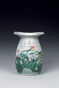 风静荷香 (porcelain vase) by dai yumei