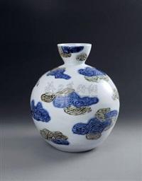 瑞屿祥云 (porcelain vase) by bai ming