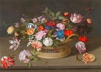 stilleben mit blumen in einem flechtkorb auf einem tisch mit insekten, schmetterlingen und einer eidechse by johannes bosschaert