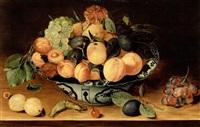 stilleben mit früchten und delfterschale by isaac soreau
