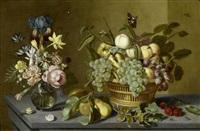 stilleben mit früchten in einem flechtkorb, einer glasvase mit blumen und kleinen insekten auf einer tischplatte by ambrosius bosschaert the younger