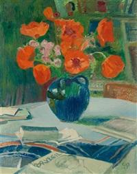 blumenstillleben mit mohnblumen in blauer vase by cuno amiet