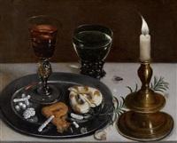stilleben mit façon de venise - glas, römer und einer kerze (allegorie der hochzeit) by clara peeters