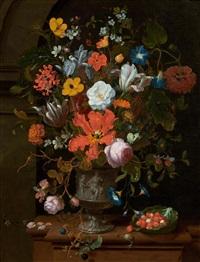 grosser blumenstrauss in einer dekorierten bronzevase mit brombeerzweig, erdbeeren und insekten by jan mortel