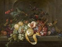 de früchtestillleben mit nüssen auf einem steintisch by jan davidsz de heem