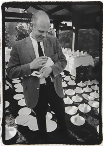claes oldenburg stamping cake by dennis hopper