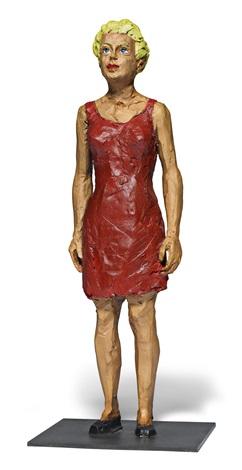 frau in rotem kleid