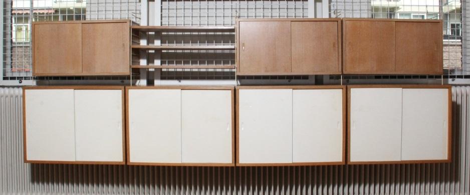 Een boekenkast systeem by NIls Nisse Strinning on artnet