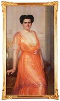 porträt einer vornehmen dame in eleganter, langer robe by frieda menshausen-labriola