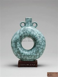 哥弟混合三环瓶 (composite triple vase) by xu chaoxing