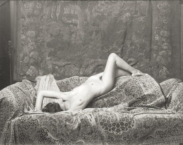 alfred-cheney-johnston-reclining-female-nude.jpg