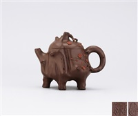 plum stump shaped teapot by jiang jianxiang