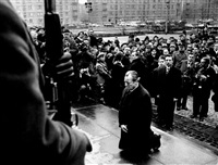 willy brandt in warsaw, memorial ceremony for the victims of the jewish ghetto uprising, dec. 7 by engelbert reineke